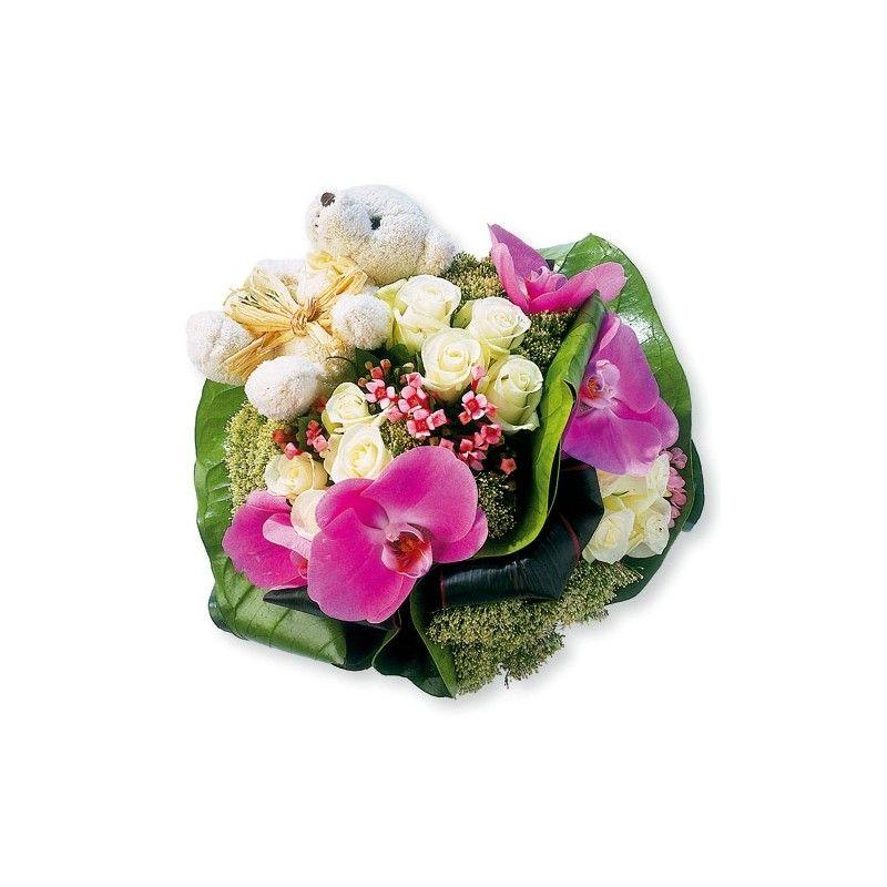 Bouquet rond naissance fille for Fleurs pour une naissance